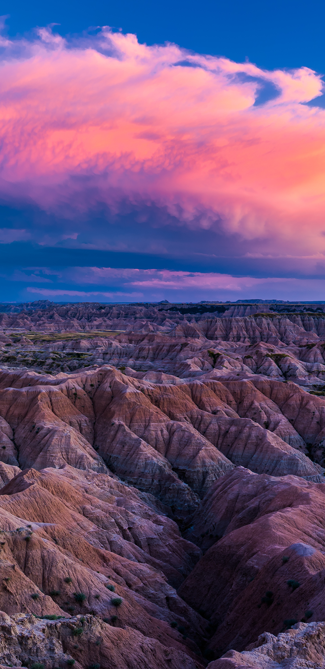 sunset in badlands national park  south dakota  10933x3881